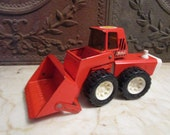 Vintage orange and white 'BUDDY L' front end loader with 'Swivel' engine compartment!