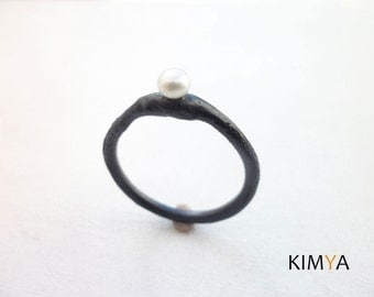 Freshwater Pearl Ring - Elegant Oxidized Silver Pearl Ring - Organic Raw Silver Ring - Contemporary Handmade Jewelry