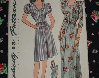 Vintage Pattern c.1944 Simplicity No.4972 Housed Dress, House Coat, Size 18, Uncut