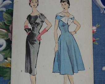 Vintage Pattern c.1950's Advance No.8529 Dress with 2 Skirts, Size 14