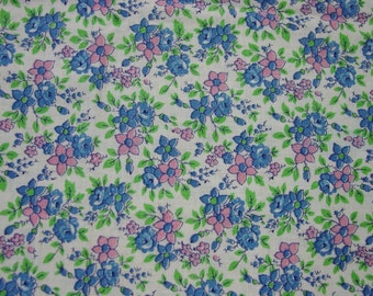 "Vintage Feedsack Fabric, Dainty Pink,Blue Flowers 17 x 37"""