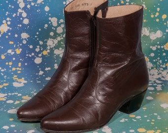 Maroon Men's BEATLE BOOTS Size 10 .5
