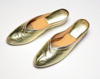 vintage 70s Jacques Levine slipper shoes gold silver ballet flat 1970 classic V slipper size 8 8N narrow original box