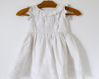 French Vintage girls dress waffled cotton and lace handmade summer  size 2-3
