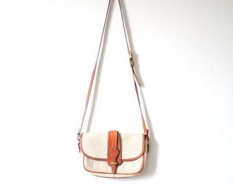20% OFF BIRTHDAY SALE Vintage tan beige Dooney and Bourke satchel purse // all weather later Dooney and Bourke // small leather purse // boh