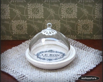 Miniature dollhouse pastry display with glass cover, shabby chic miniature, cake stand, cupcake holder, miniature serveware
