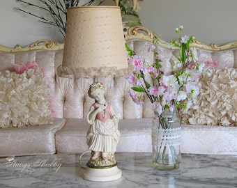 Adorable Vintage Bo Peep Style GIRL TABLE LAMP, Shabby Chic, Nursery, Cottage, Pink