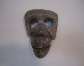 Face Mask Wall Art Carved Marble Like Creepy Face Halloween Haunted House Decor
