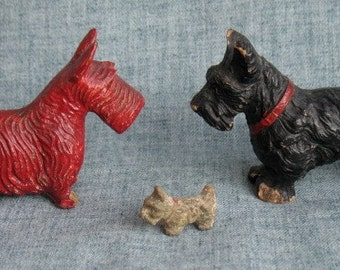 3 Vintage Syroco Wood Scotty Dogs Scottie Dogs Scottish Terrier Red Black Brown