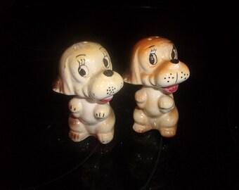 vintage pair salt pepper shakers set puppy dog