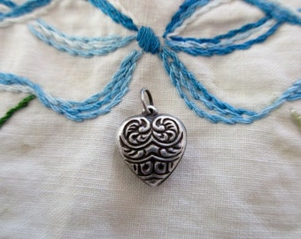 vintage sterling silver heart charm - floral