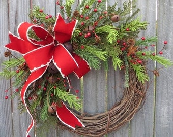 Holiday Wreath / Christmas Wreath / Rustic Grapevine Christmas Wreath / Natural Rustic Christmas Decor / Horn's Handmade