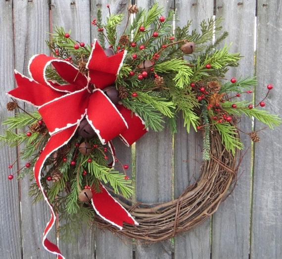 Holiday Wreath / Christmas Wreath / Rustic Grapevine Christmas Wreath / Natural Rustic Christmas Decor / Horn's Handmade