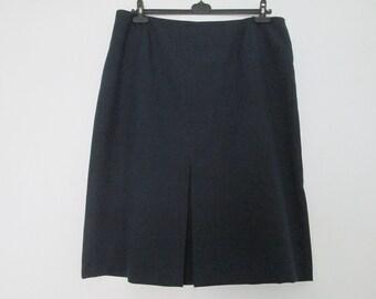 Large Skirt Vintage / Big / Size EUR50 / UK22 / Lining