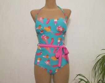 1 PC Swimsuit Vintage / Size EUR44 / UK16