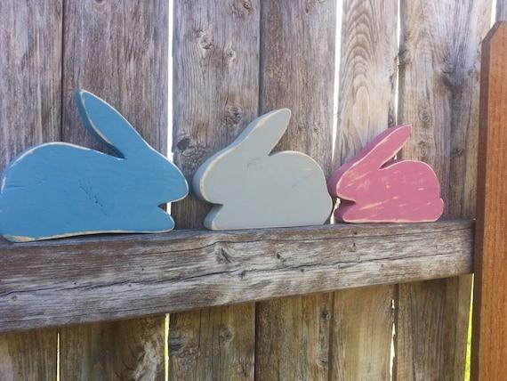 Set of 3 wooden rabbitt shelf sitters