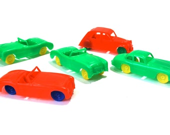 Renwal Plastic Car Collection 5 Cars Corvette X2, Austin Healey, Citroen, & Mercedes Benz