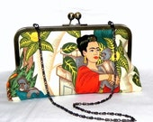 Frida Kahlo Clutch - Red, green, beige, yellow and teal - Brass kisslock frame with chain