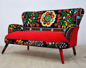 Suzani 2-seater sofa - scarlet love