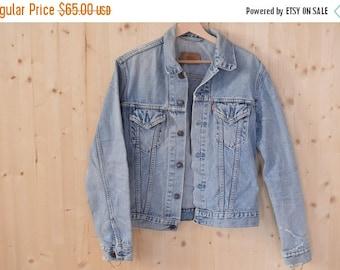SALE Levi Strauss Denim Jacket VTG 90's womens jeans jacket