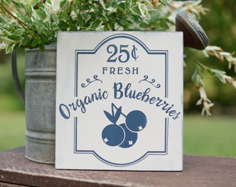 Organic Blueberries - Blueberry Sign - Blueberries Sign - Fruit Wood Sign - Farmers Market Decor- Organic Blueberry Wood Sign - Hand painted
