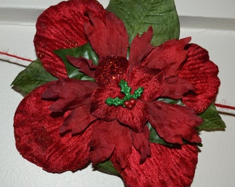CLEARANCE SALE. Only 1 left!!! Red and Green with Mistletoe Flower Clip