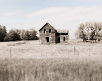 Vacant home / Barn Art / Farmhouse decor / Home Decor / Rustic Art /Barn photo / Wall Art