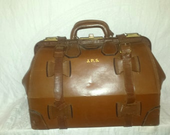 Leather 1940's Satchel Train Case Brief Case with key