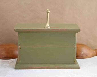 wooden box, olive green, distressed, rustic, keepsake box