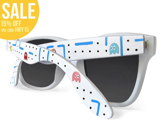 Ms. Pac-Man hand painted Sunglasses - Wayfarer sunglasses Pacman unique summer
