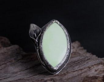 Chrysoprase Ring-Sterling Silver Lemon Chrysoprase Ring- Pale Yellow Green Natural Gemstone Ring-Flower Jewellery