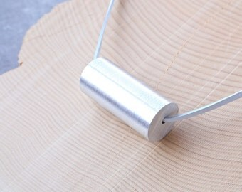 Minimalist Necklace Contemporary Jewelry Material Purity Series Aluminum