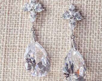 SALE, Crystal drop earrings, Wedding Earrings, bridal earrings, Silver wedding jewelry, Teardrop bridal earrings, CZ bridal Earrings