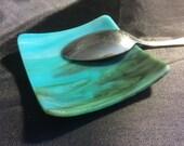 "3"" Shiny AQUA BLUE & LIME TeaBag Spoon Rest Ring Dish Fused Glass AB3"