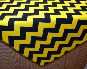 "58"" x 120"" Gold and Black Chevron Tablecloth"