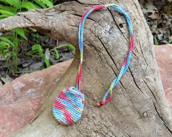Drawstring Pouch Necklace:Red/Green/Blue