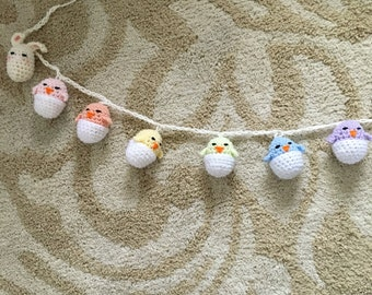 Spring chicks and bunnies garland
