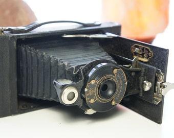 Eastman Kodak Co. Kodex 120 film medium format No 2 Folding Cartridge premo, Rochester NY U.S.A Brass front plate. BEAUTIFUL condition.