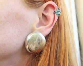 Turquoise Zuni Style EARRINGS / Vintage Southwest Jewelry / Snake Eye Turquoise Clip on Earrings