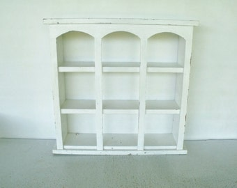 "22"" White Wood Curio Shelf Wall Display Cottage Shabby"