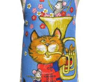 Metro Retro Cat & mouse - 'Allegro, Strike up the band' Vintage Tea Towel Apron   - OOAK, upcycled.  Mother's Day BIRTHDAY   Gift  Idea
