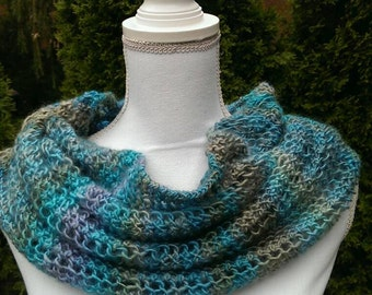 Handmade Knitted Cowl Infinity Scarf  Turquoiselace acrylic
