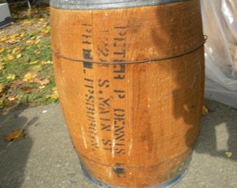 good solid shape vintage antique 1950s or older oak wood wooden NAIL BARREL KEG    dwn   1a