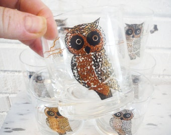 Eight shabby owl  tumblers glassware barware vintage gold and black retro bar woodland kitchen bird