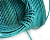 1.5mm Round Natural Leather cord - Teal, Dark Turquoise Green - 10 feet, LC014
