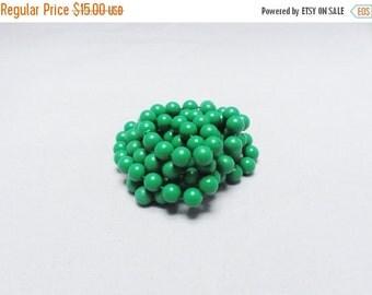 SALE Vintage Necklace Green Balls Rope Necklace