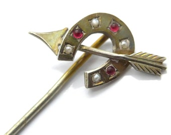 Vintage Valentines Silver Metal Horseshoe Arrow Gem Set Pin