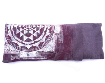 Sacred Geometry Organic Lavender eye pillow - Yoga tool, perfect for Savasana