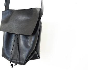 Bolsa - Messenger Bucket Crossbody Bag - Black