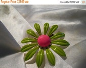 40% OFF SALE Retro Metal Flower Brooch in Green and Pink